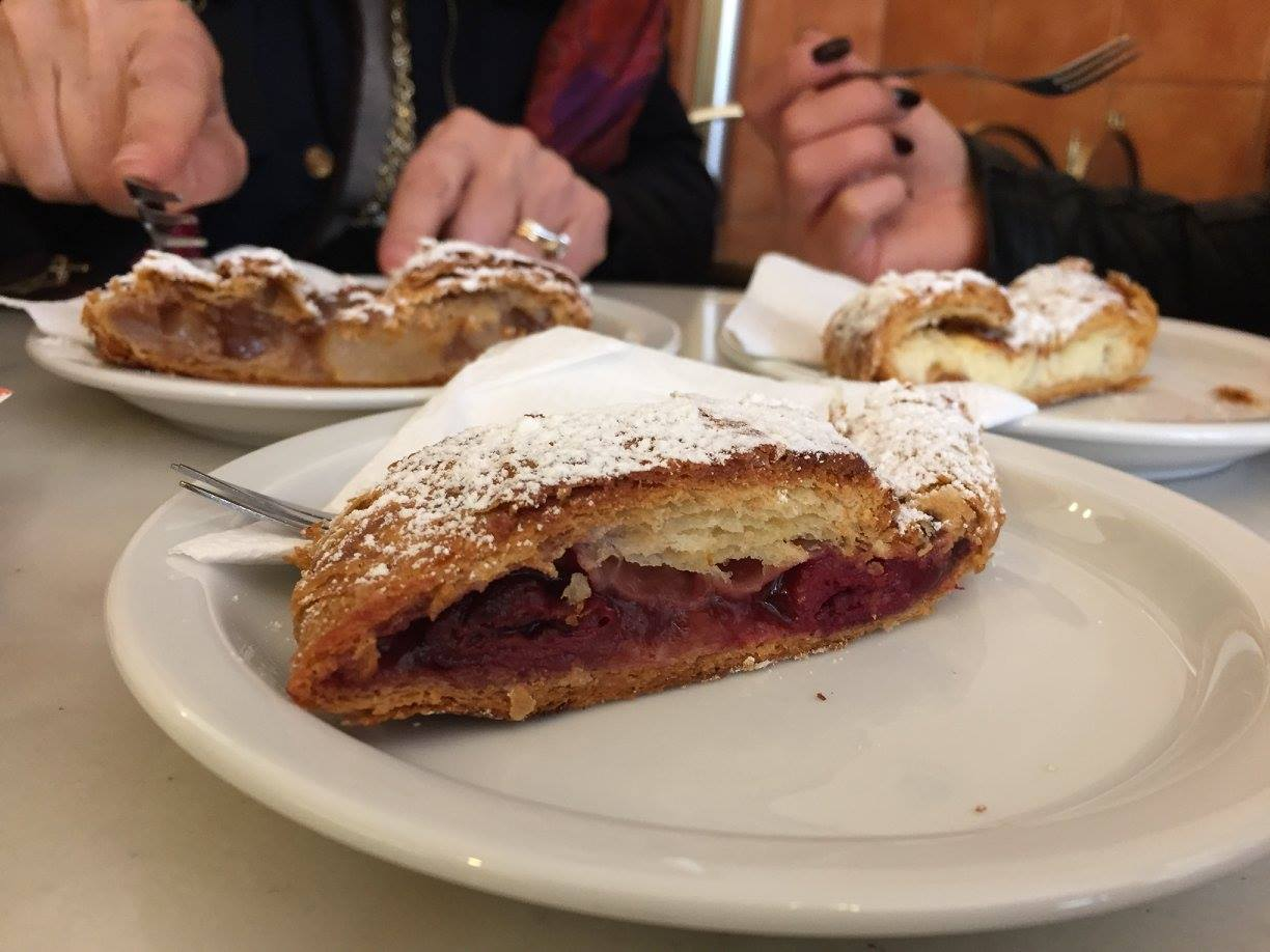 Cherry strudel at Szalai Cukraszda