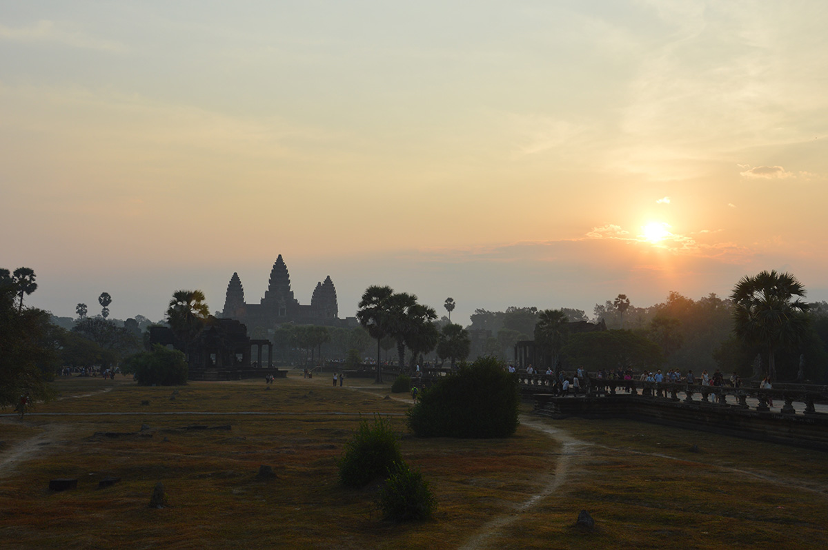 angkor wat sunrise morning