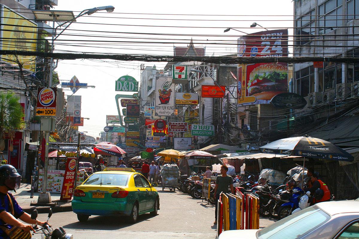 Bangkok Koh San Road cables
