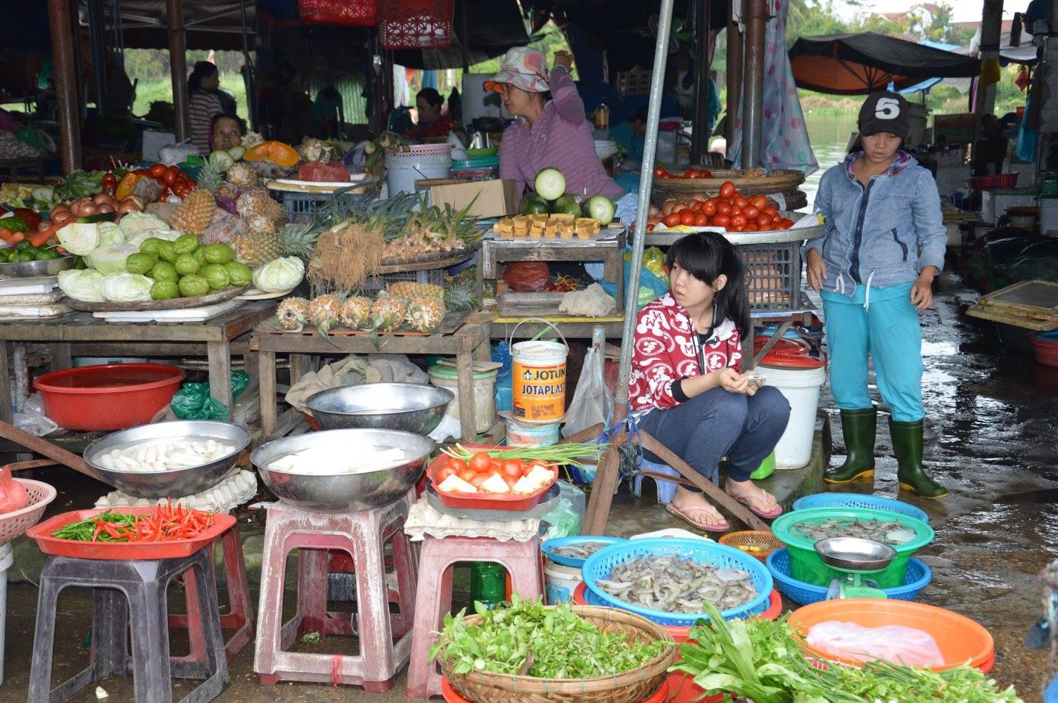 Mercato del pesce Hoi An